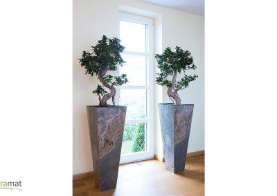 Mise en œuvre de feuille de pierre sur des vase en intérieure