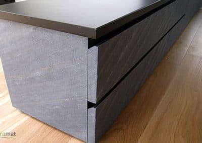 Mise en œuvre de feuille de pierre sur un meuble de cuisine