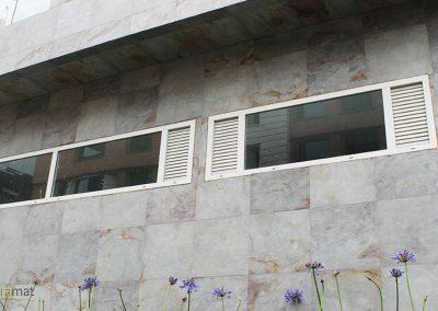 Habillage de façade en feuille de pierre
