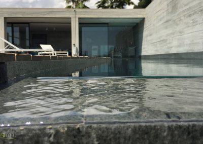 Bassin de piscine en feuille de pierre détail débordement